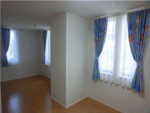 こども部屋のカーテン