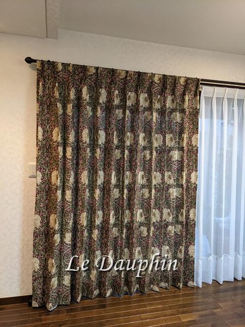 ▲ウィリアムモリス ピンパネルのカーテン施工例