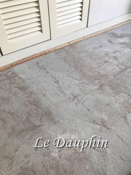 建築当時の細かい砂を除去
