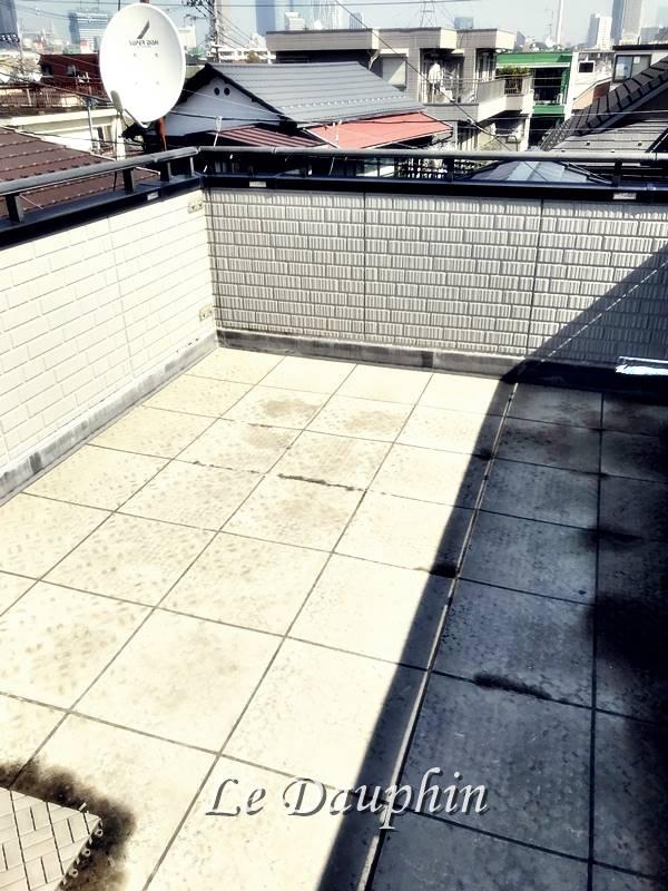 ▲施工前の屋上の様子